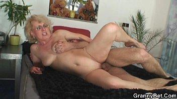 Лесбиянки мамаши за 60