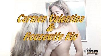 قرنية Hotwife ريو و كارمن فالنتينا لعق كس