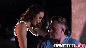 XXX Porn video - Night Out At Taterz (Vanessa Decker, Luke amateur
