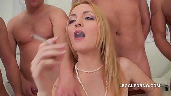 Порно онлайн глубокие глотки камшоты