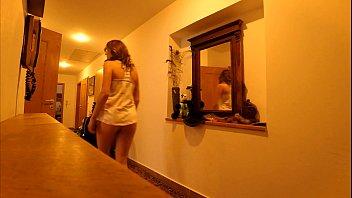 5 GIRLS TWERK ASS SHAKING PUSSY PARTY IN MINIKINI THONG BIKINIS AT HOME