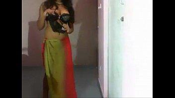 Desi Nude Dance on Bollywood songs