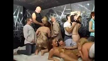 KIK: Alisas69 - House party orgy