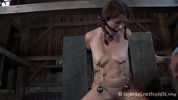 Порно видео жесткий бдсм онлайн