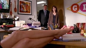 Jennifer Aniston'_s feet on 30 Rock