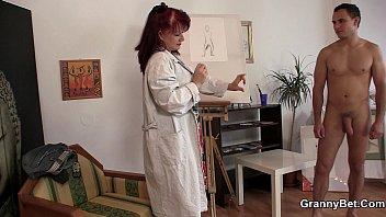 Paintress granny games