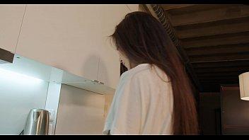 Cuando &eacute_l llega de trabajar polvazo en la cocina mientras preparo la cena