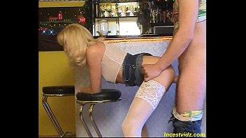 follar en el bar con mami alemana