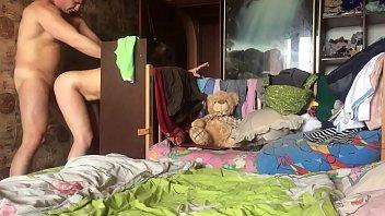 na skrituyu kameru trahnul prostitutku