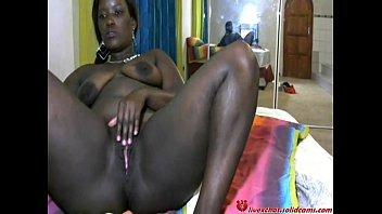 Трах в большую черную жопу африканки онлайн