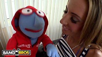 BANGBROS - Baluga The Puppet Goes To Town On Big Tits Pornstar Richelle Ryan