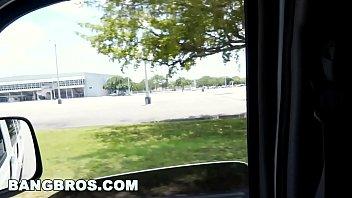 BANGBROS - Duke Celeb Belle Knox Rides 4 Dicks (bb13136)