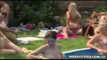 XXX βίντεο όργιο