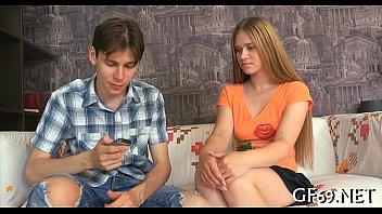 Scena di film di sesso missionario adolescente di età legale