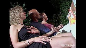 Orgia Party per Francesco Malcom e Roberto Malone con delle belle
