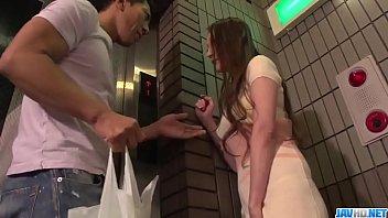 Tsubasa Takanashi faz mágica com sua boca e buceta - Mais em 69avs com