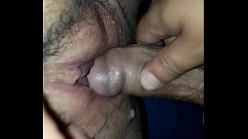 Le encanta que le frote su vagina deliciosa