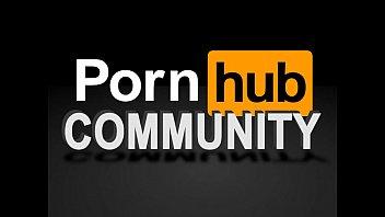 На работе мастурбирует порно