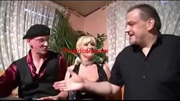 Видео ебет жену и тещу