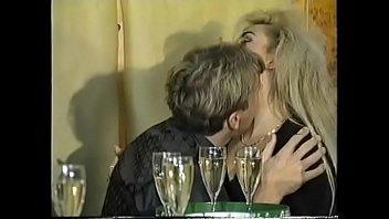 Eine schrecklich geile Familie - 1994 complete movie TIZIANA REDFORD GINA anal german