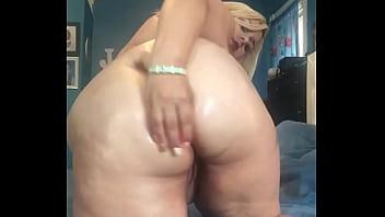 Bbw fucks her ass