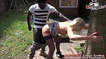 Deutsche reife Nachbarin fickt jungen schwarzen Nachbarin mit großem Schwanz samantha lily chaina xxx
