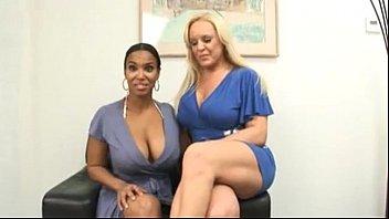 Порно фото ебля жен домашнее