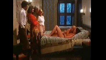 Смотреть семейный жесткий секс