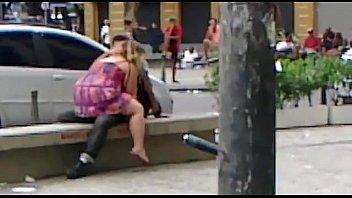 Романтическое лесби порно вечером на диване