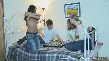 Русские зрелые доминируют над молодыми