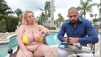 BBW Legend Samantha 38 wear Yellow Bikini in XXX Scene