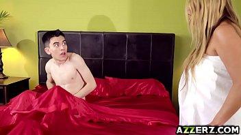 Busty milf Kianna Dior fucked Jordis huge cock