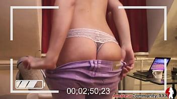 Secretly Recording Ex Girlfriend Stripping ◄ amateurcommunity.xxx