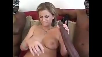 Порно папа трахает маму и зашла дочь