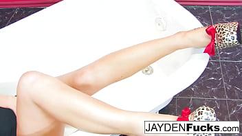 Jayden Jaymes's Bathtub Solo