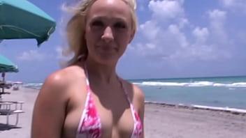 Bikini amaters