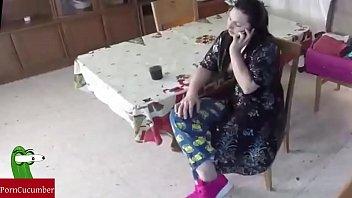 Толстые женщины на диком пляже видео