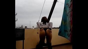 نالغونا تتحرك وتثري على السطح
