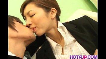 Asahi Miura Asian secretary gives amazing headfucking in the break room