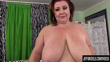 Big Boobed BBW Lady Lynn sucks and fucks