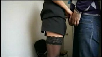 Esposa traindo marido no Servico