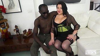 CASTING ALLA ITALIANA - Romanian BBW takes anal at interracial Italian