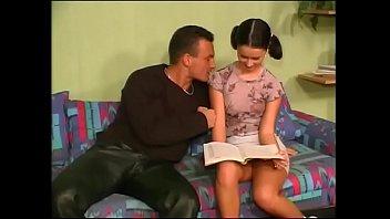Смотреть инцест дочка с папочкой онлайн