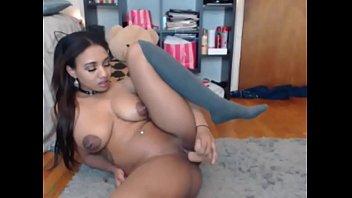 Black Dominican freak fucking her pussy on funcamsxxx.com