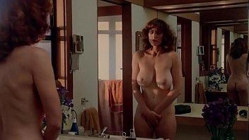 หนังโป้xสาวนมสวยที่สุดในโลก Kay Parker ฉากแก้ผ้าดูเรือนร่างตัวเองสั้นๆ บอกเลยว่าเด็ดจนอยากขย่ำ บีบนมเธอเต็มไม้เต็มมือสักครั้ง