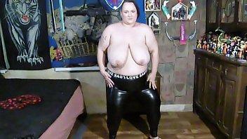 dancing in tight pants