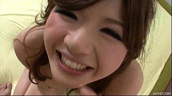 Linda japonesa fazendo um sexo quente com seu namorado
