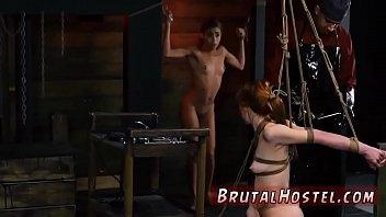 Порно сестра местурбирует а брат подехал в гости стучит двер