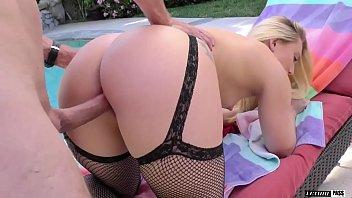 Blond super slut AJ APPLEGATE gets soaking wet when you worship her APPLE BOTTOM