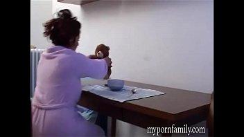 Questo è ciò che le donne italiane si nascondono dai loro mariti Vol. 4